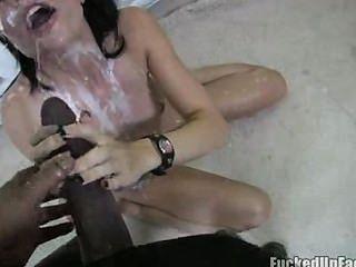 Gauge Sperma schlucken Videos