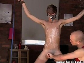 Gay Twinks Kieron Knight Loves To Blow The Molten Spunk Fountain Right