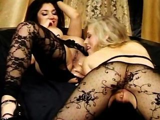 Leah Jaye And Michelle Moist