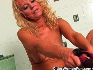 Over 50 Granny In Lust Masturbates In Bathroom