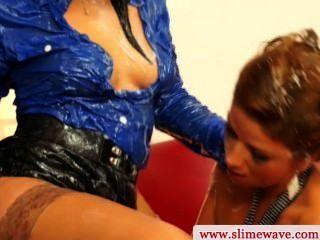 Bukkake Lesbians Toying Wet Box
