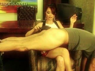 Jessie Spanks And Smokes