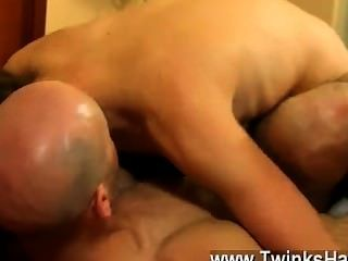 Gay Sex Daddy And Guy End Up In A Sweaty Flip Screw Back At A Hotel
