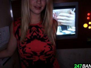 Hot Blonde Mandy Armani Sucking Dick In The Gloryhole_1.1