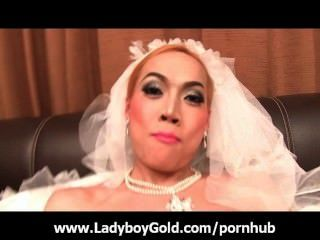 Tranny Jacky Wedding Day Masturbation