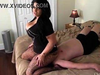 Samantha Mack Facesitting 7
