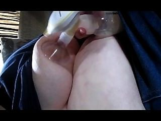 Wife Milk Fill Tits Gets Pump See Breast Milk Getting Pump By The Ounces