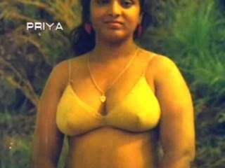 South Indian Busty Aunty Naked