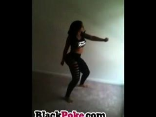 Big Booty Ebony Babe Dancing