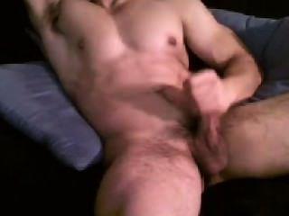 Fit Dude And The Cumming