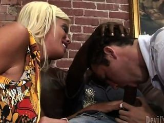 Jordan Blue And Mr. Biggz (bam) Bi Cuckold