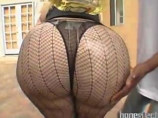 Massive Fat Butt Mature Bbw In Sexy Stockings Outdoor