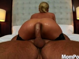 Blonde Milf Stephanie Does Anal