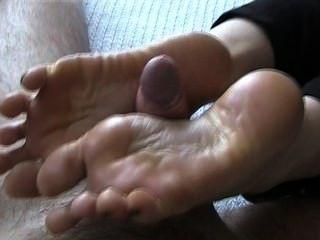 Footjob With Cumplay