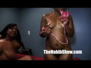 Ghetto Lesbian Lovers Licking Each Other