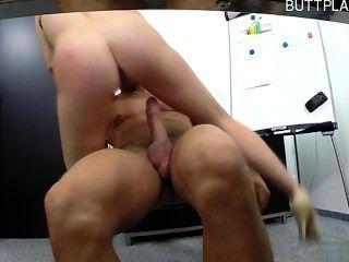 Young Girl Cum Eating