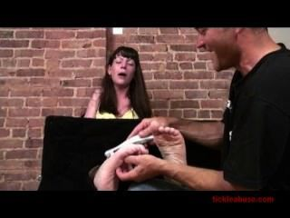 Milf Brooke Tickle (classic)