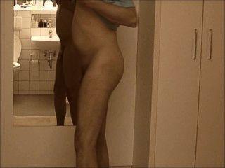 Nakedboy 01 Pornhub 7c8a1 Jimmy At1 Il Ragazzo Si Presenta Come Allo Nude