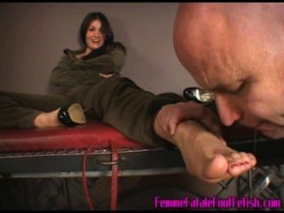 Jasmine Foot Worship