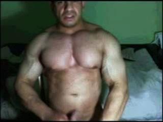 Latin Bodybuilder Caught Cumming On Cam
