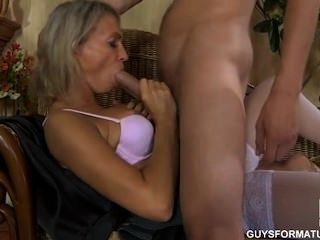 Секс с горячей русской мамой # 3