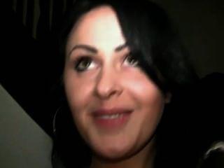 Chervana Chianti Cumshot
