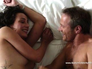 Caroline Bourg Nude - Detectives S01e04