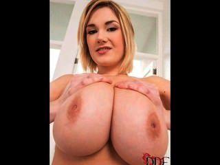 Big Boobs Delight - Siri Samshed 1