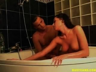 Hot Webcam Couple Fuckin In The Bath