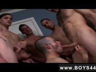 Twink Movie A Bunch Of Hunks With Huge Dicks!