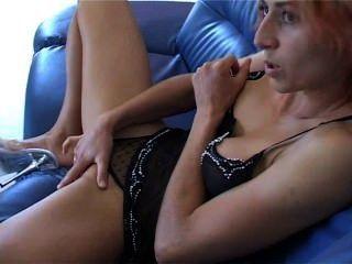 Une Webcam Girl Française De Chez Désir-cam Qui Se Masturbe Devant La Cam