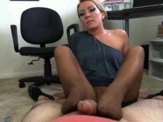 Therapist induces her patient to suck her feet - 2 part 2