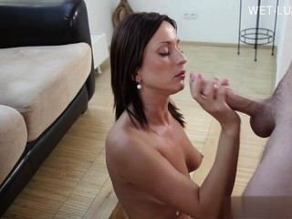 Busty Daughter Pussy Orgasm