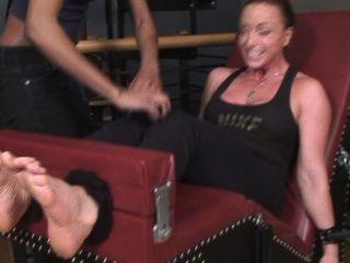tranny tickling