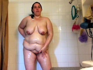 Sexy Bbw Milf Big Tits Dripping Wet & Lathered In Soap In The Shower