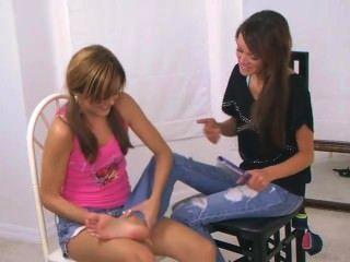 2 Girls Tickling