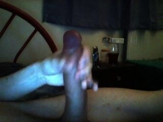 Haveing A Wank In Bed