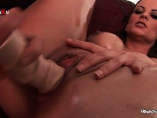 Sexy Milf Loves Fucking Huge Toys