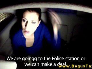 Brunette Amateur Gives Bj To Taxi Driver