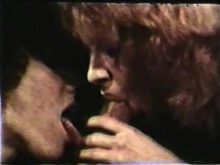 Peepshow Loops 395 70s And 80s - Scene 4