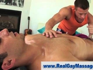 Muscley Straighty Gets Jerked Off
