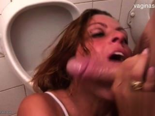 Big Tits Teenager Ballslicking