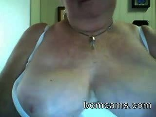Grandma Showing Big Tits On Webcam - Bomcams.com