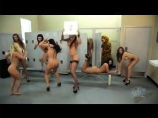 Harlem shake nude
