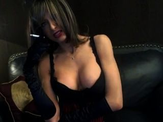 Sexy smoking milf2
