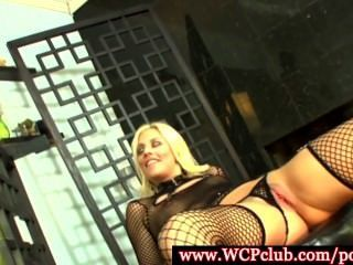 Kinky Jessie Volt Adoring Big Black Cock