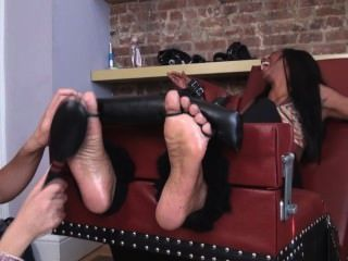 Hot Chick Foot Tickling
