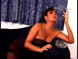Sara may caperucita sexy en el feda 2013 - 3 4