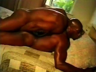 Nino Two Blacks With A Big Dick In Hard Gay Action