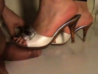 Framboise Me Fait Un Shoejob